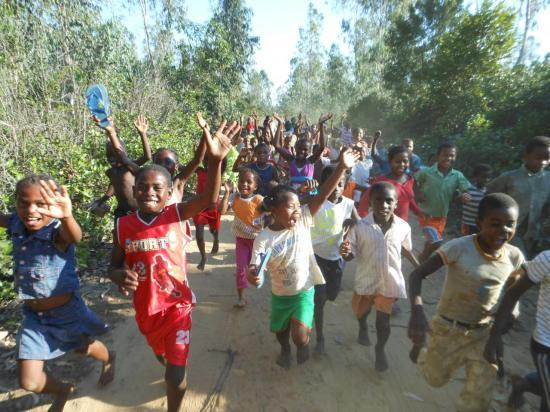 accueil des enfants de l'école d'Andamasina