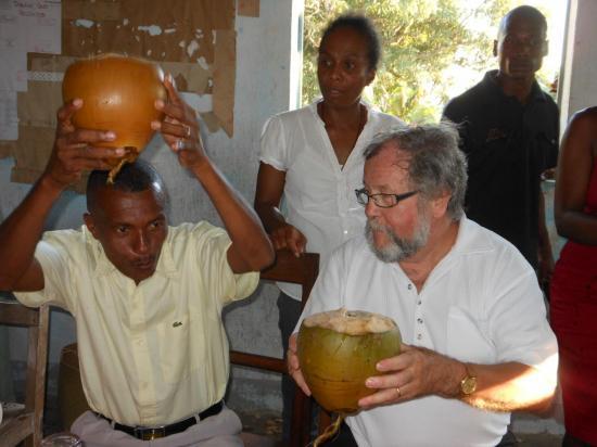 Jean-Louis (Président Français) et Joseph (Président Malgache)