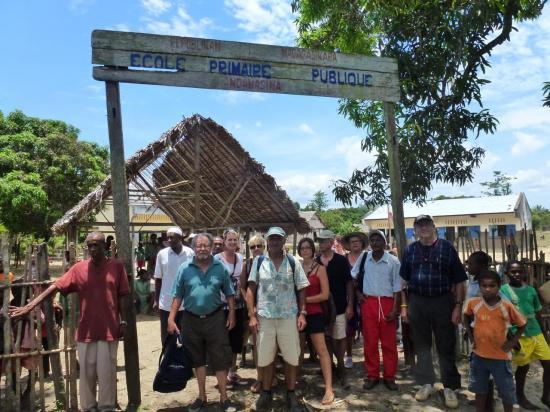 entrée de l'école d'Andamasina